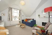 1 bed Flat to rent in Gleneldon Road Streatham...
