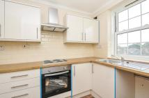 2 bed Flat to rent in Leigham Avenue Streatham...