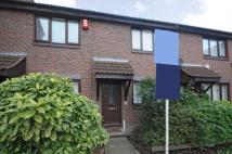2 bedroom house to rent in Victory Way Surrey Quays...