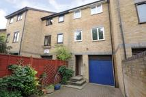 4 bed home to rent in Gunwhale Close Surrey...