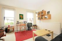 Flat to rent in Robinson Road Tooting...