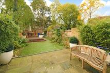 4 bed property in Camberwell Grove...