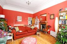 Apartment to rent in Thurlow Park Road London...