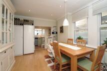 4 bedroom home in Queenswood Road Forest...