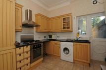 1 bed Apartment to rent in Croxted Road London SE24