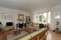 Flat in Ardbeg Road Herne Hill...