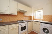 Flat to rent in Wood Vale Forest Hill...