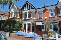 3 bed house in Frankfurt Road London...