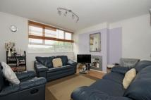 1 bedroom Flat to rent in Sunray Avenue Herne Hill...