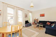 Flat in Rosendale Road West...