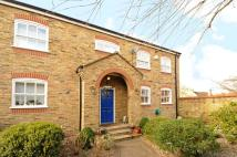 3 bedroom home in Hambledon Place Dulwich...