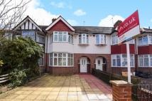 3 bed property in Windermere Avenue Morden...