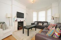 Flat in Alwyne Mansions London...