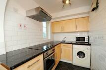 Studio flat in Selhurst Close London...