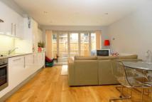 2 bed Flat to rent in Worple Road Mews London...