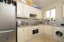 2 bedroom Flat in Merton Road Southfields...