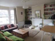 Apartment in Ravensbury Road...