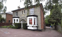 1 bed Flat to rent in  Worple Road,  Epsom...