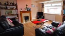 2 bedroom Maisonette to rent in  Falcourt Close,  Sutton...