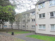 2 bed Flat in Rodger Place, Rutherglen...