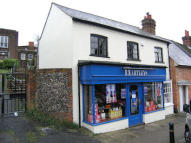 property for sale in High Street, Steyning, West Sussex, BN44 3GG