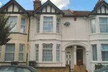 Terraced house to rent in Princes Avenue, Watford