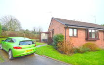 Semi-Detached Bungalow to rent in Kildale Gardens...