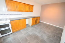 3 bedroom Terraced house to rent in Cairns Road, Beighton...