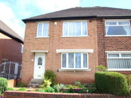 3 bedroom semi detached house to rent in Richmond Park Avenue...