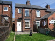 2 bedroom End of Terrace property to rent in Stone Street, Mosborough...