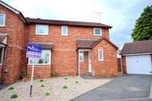 semi detached house to rent in Abbey Croft, Renishaw