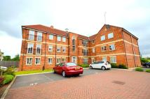 2 bed Flat to rent in Greenacre Close...