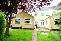 3 bedroom Terraced house to rent in Mansfield Road...