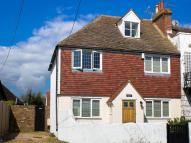 3 bed house in Queens Road, Lydd...