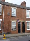 Queen Victoria Street Terraced property to rent