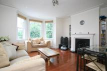 Flat to rent in Hazelwood Lane, London...