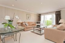 2 bed Flat for sale in Ridgeview Court...
