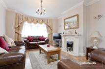 4 bed End of Terrace house in Madeira Road, London, N13