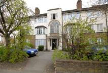 3 bed Flat in Crestbrook Place...