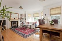 2 bedroom Flat to rent in Broomfield Avenue...