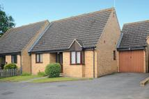 Semi-Detached Bungalow to rent in Carterton, Oxfordshire