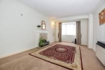 1 bed Apartment in Petersfield, Hampshire...