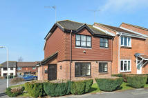 semi detached house to rent in HARTING CLOSE...