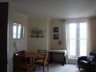 1 bedroom Flat in The Square, Petersfield...