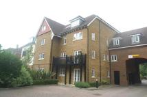 2 bedroom Flat to rent in Lampson Court, Crawley