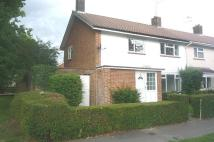 4 bed property in Selham Close, Ifield...