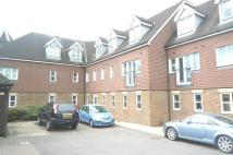 Flat to rent in Kitsbridge House, Crawley