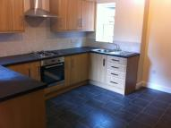 3 bed Flat to rent in Woodside Road...