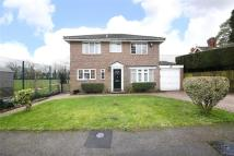4 bedroom Detached home in Goldcrest Way, Purley...