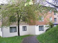 1 bedroom Flat in Fairbairn Close, Purley...